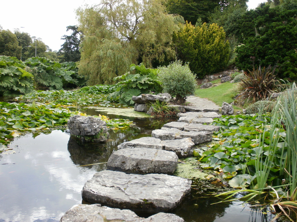 Britain 39 S Largest Municipal Rock Garden Rookery Rock Garden